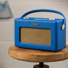 lot-10-classic-revival-radio